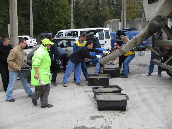 Hromadný odber vzoriek pri skúškach čerstvého betónu